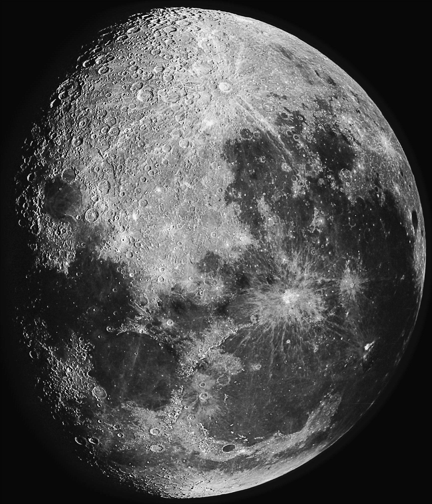 The Moon-04590.jpg